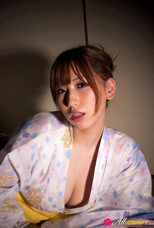 Ai Takahashi Nude in Best Student - Free All Gravure