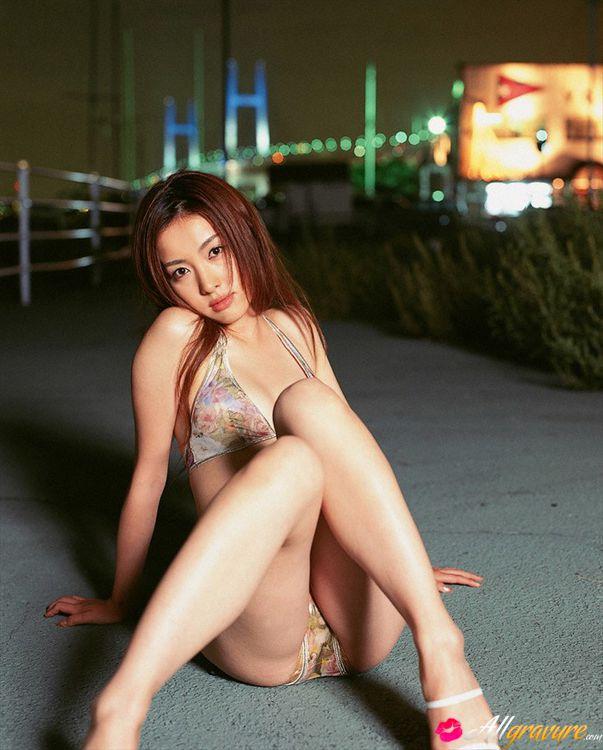 graciou-nude-babe