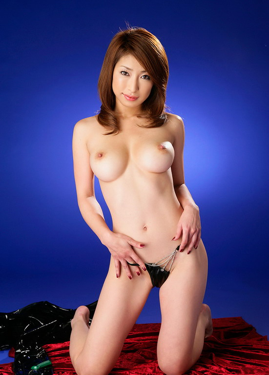 Brunette ladyboy self facial