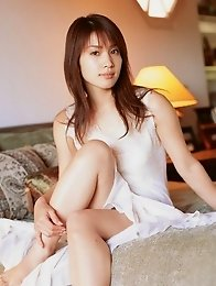 Enchanting babe Junko Yaginuma looks incredible in a white dress