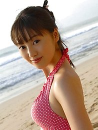 Miyuu Sawai cute swimsuit model in her white bathing suit