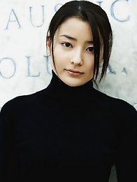 Natsuki Harada Asian is sexy and elegant during her photo session